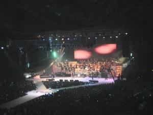 Kolaborasi dengan arranger dan orchestra